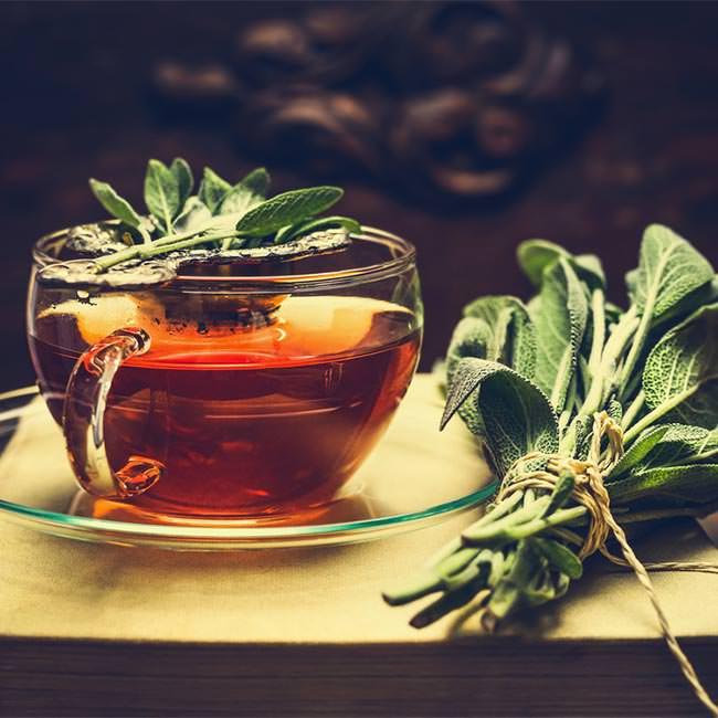 5 Gründe für Detox mit grünem Tee