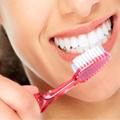 Zähne putzen als natürlicher Appetitzügler